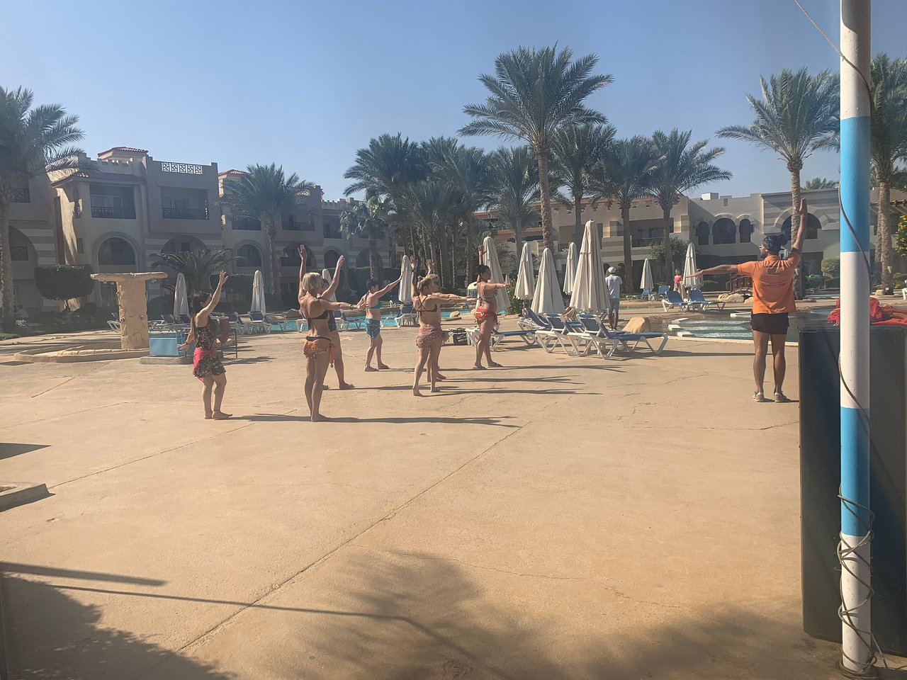 Action Table Basse Unique Rehana Royal Beach Resort Aquapark & Spa 5 Египет Шарм