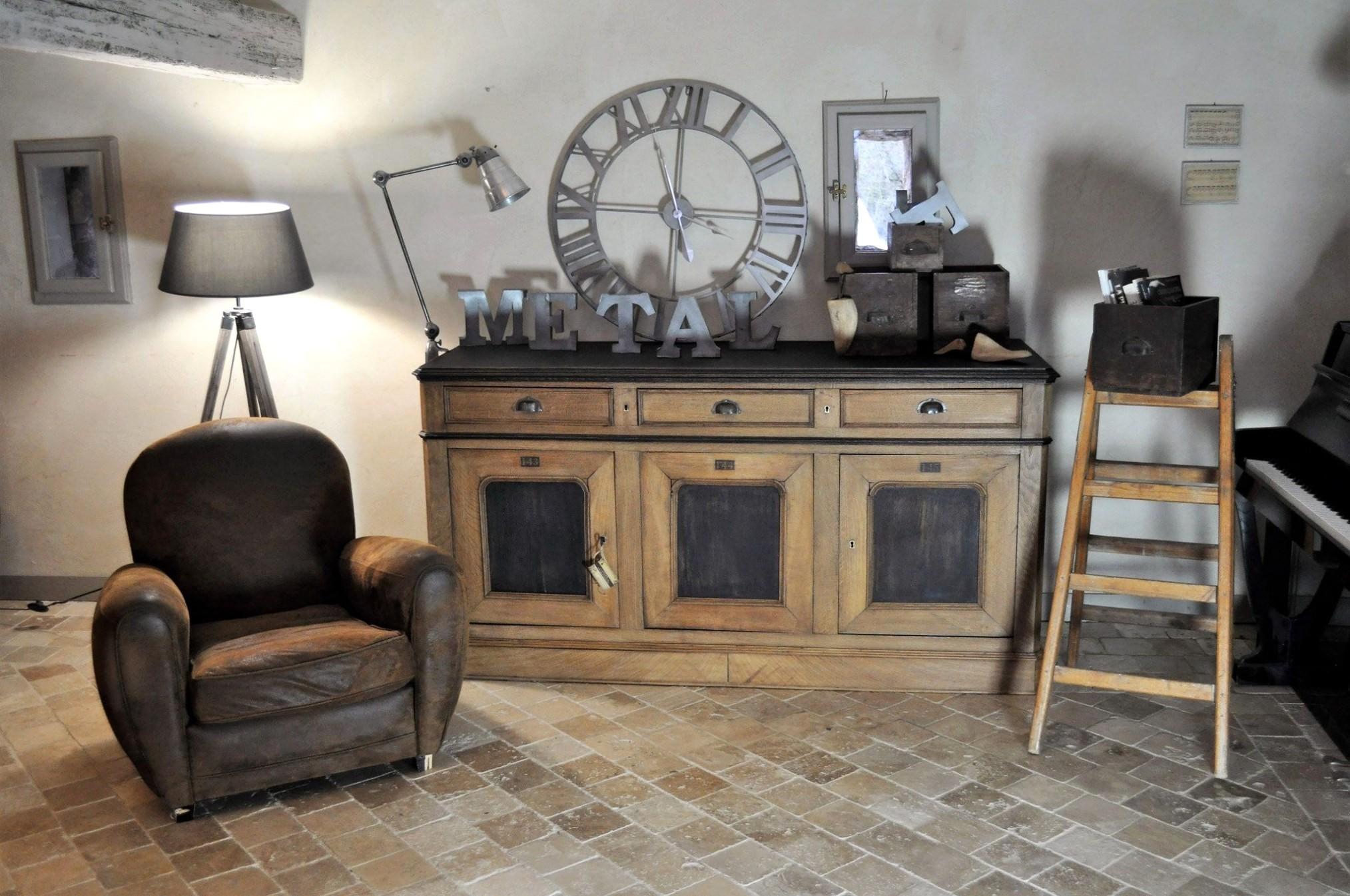 meuble de salon moderne lesmeubles meilleur s i pinimg 736x 0d of strip all with en pin habiller un ordinaire faon ranch avec relooke zoom1 resizeu003d479 et