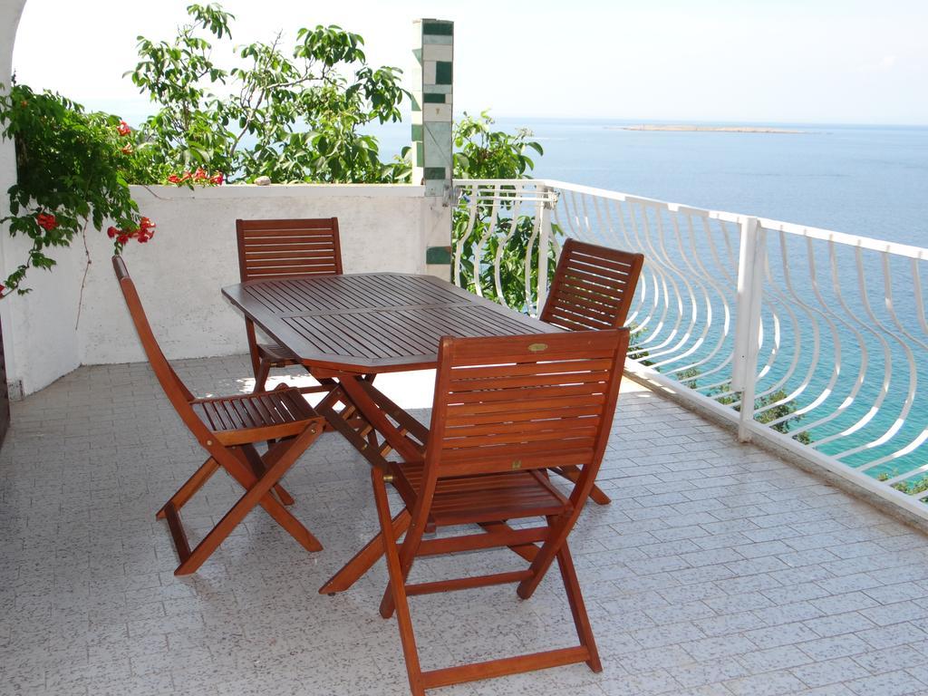 C Discount Table De Jardin Luxe Apartments Bassi Stara Baška Croatia Booking Of 39 Luxe C Discount Table De Jardin