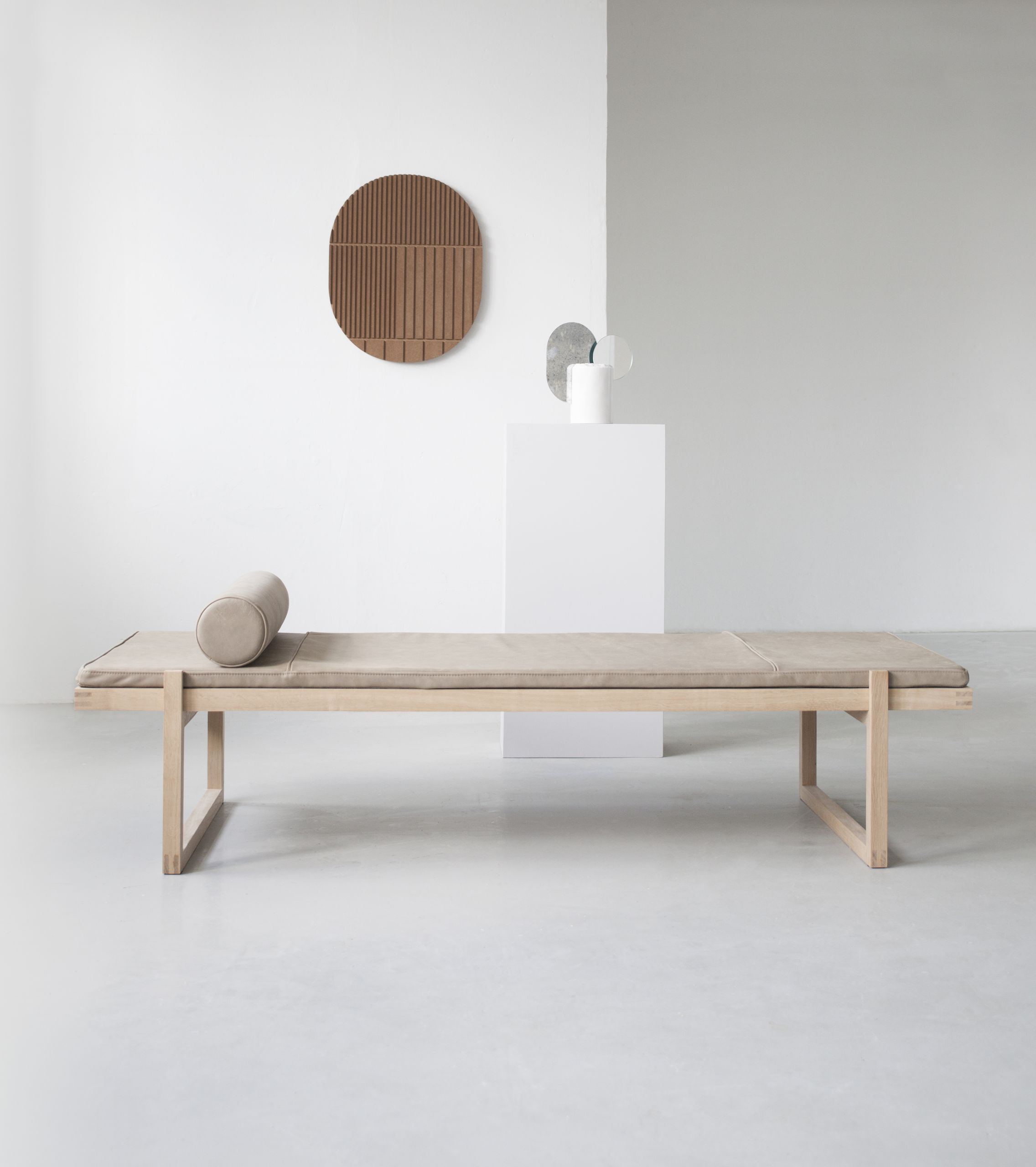 aw18 kristinadamstudio minimial daybed relief mask double moon sculpture 3243 jpeg 695