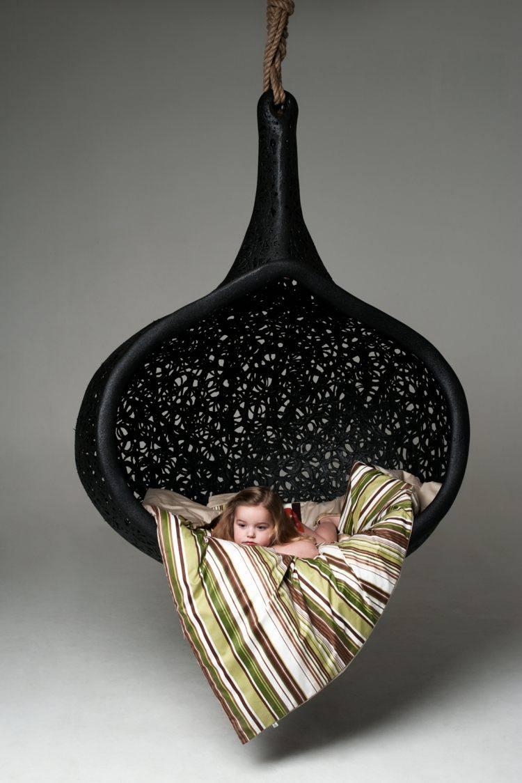 fauteuil suspendu r C3 A9sine tress C3 A9e noire design moderne luxueux