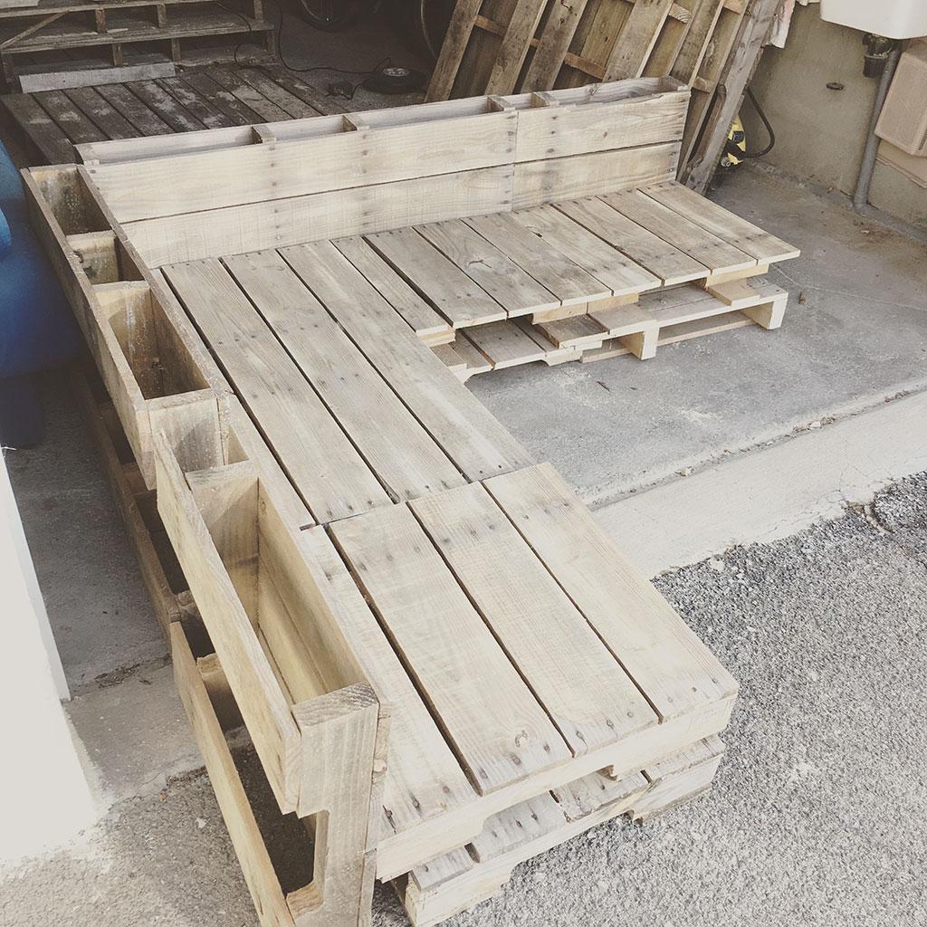 diy salon jardin palette table fabriquer une mobilier avec canape exterieur bois coussin deco fauteuil pour banc meuble banquette meubles palettes