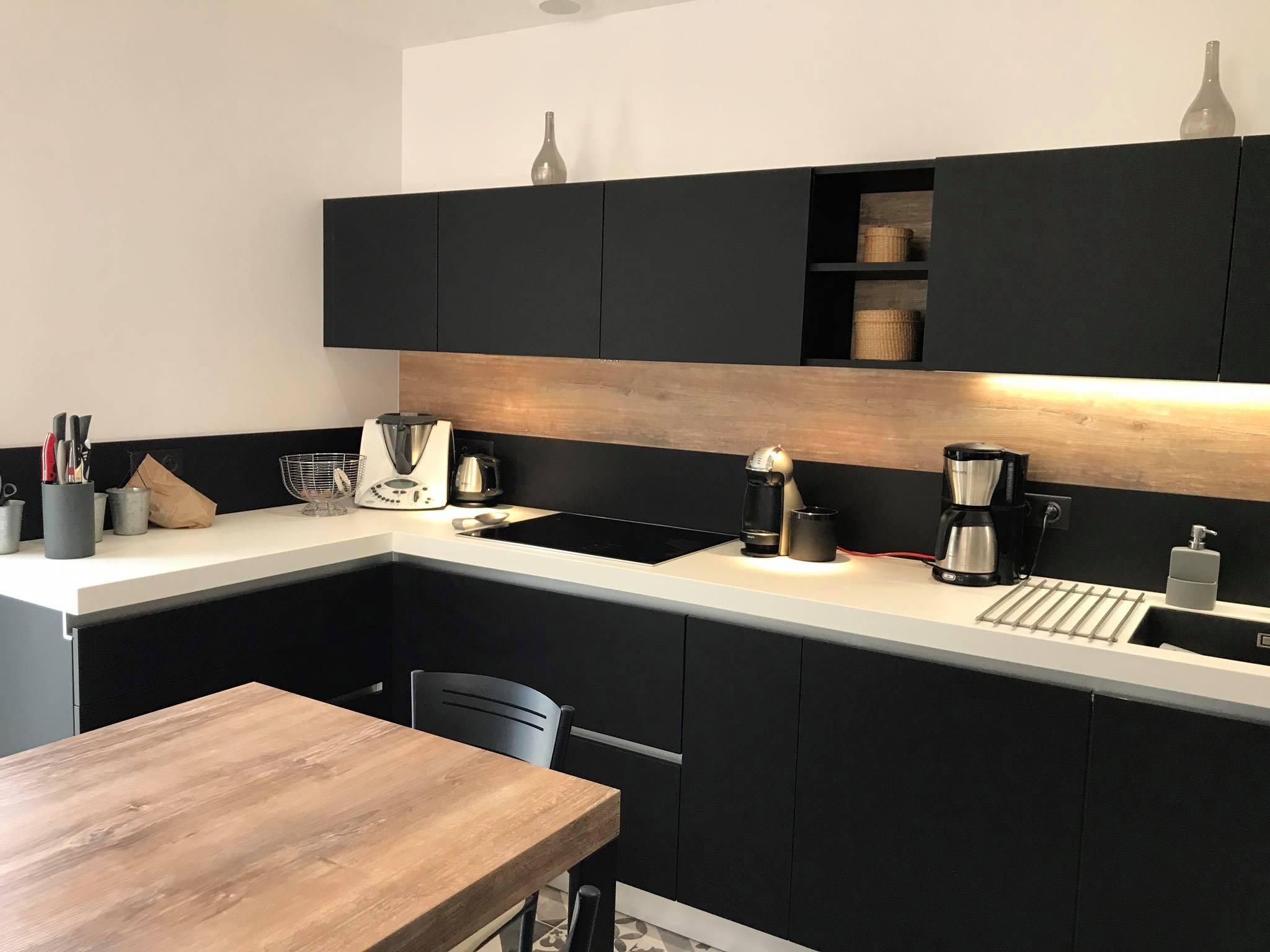 merveilleux cuisine noir mat et bois stunning contemporary design trends 2017 noire blanche nouveau meuble de kitchenaid maison mobilier d int c3 83 c2 a9rieur of id