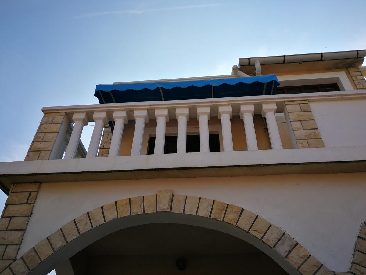 Salon De Jardin 6 Places Luxe Apartments Davor Pag Croatia Booking Of 23 Génial Salon De Jardin 6 Places