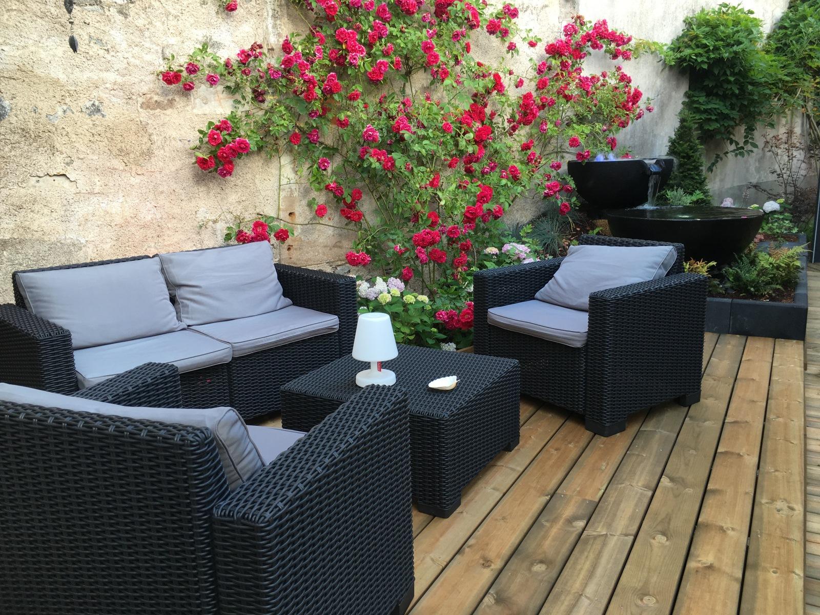 baradel decoration terrasse bois avec mobilier 1
