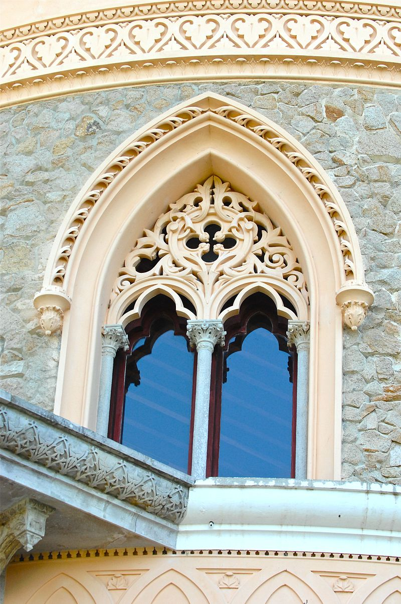 800px Monserrate s Palace windows