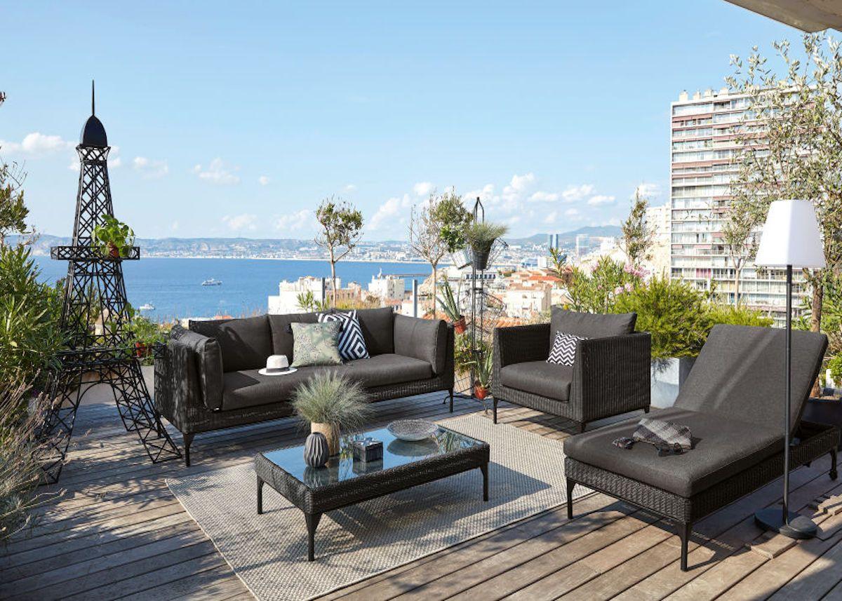 tous au jardin avec maisons du monde salon exterieur noir terrasse bois blog deco clemaroundthecorner