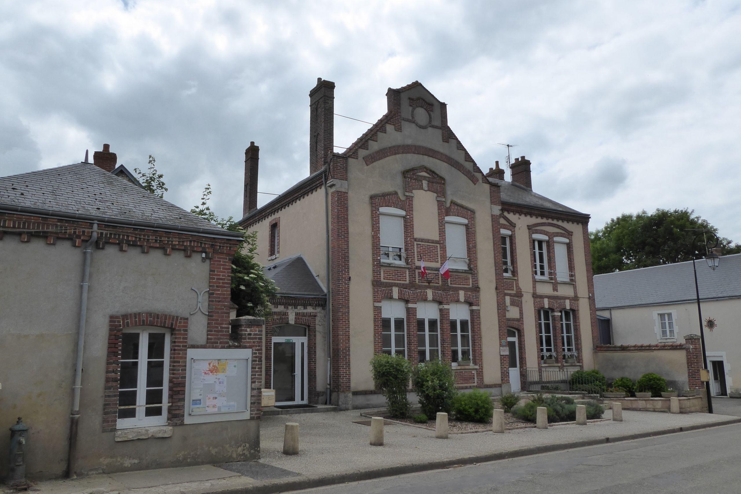 Mairie école Lumeau Eure et Loir France