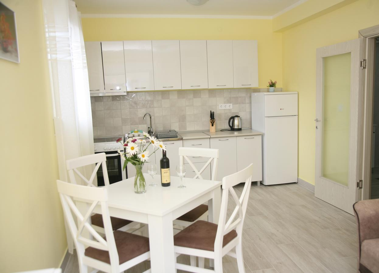 Table Fer Best Of Apartments Mira Montenegro Tivat Booking Of 33 Génial Table Fer