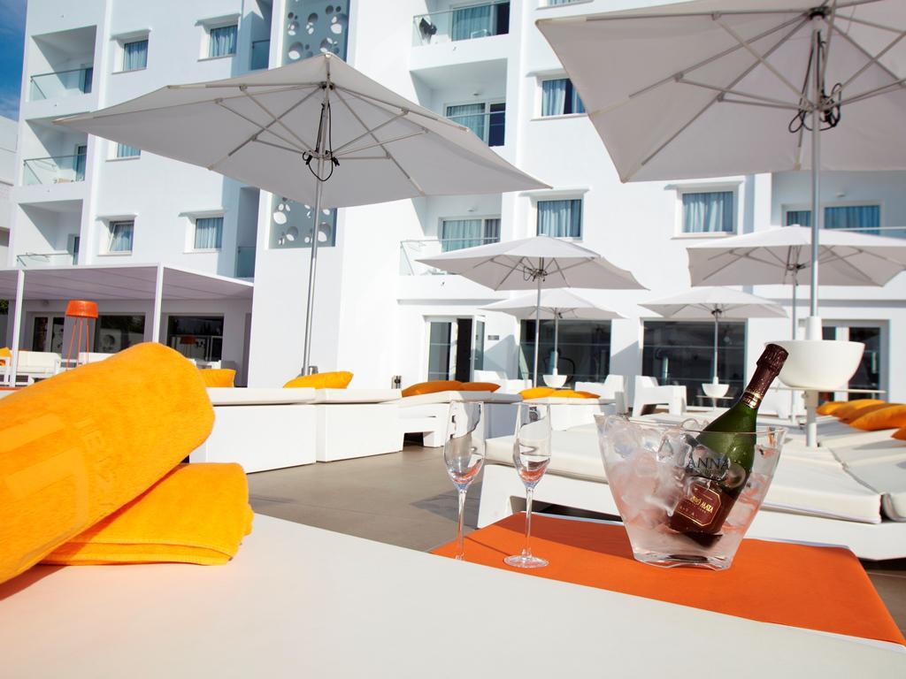 Table Fer Unique Ibiza Sun Apartments Booking