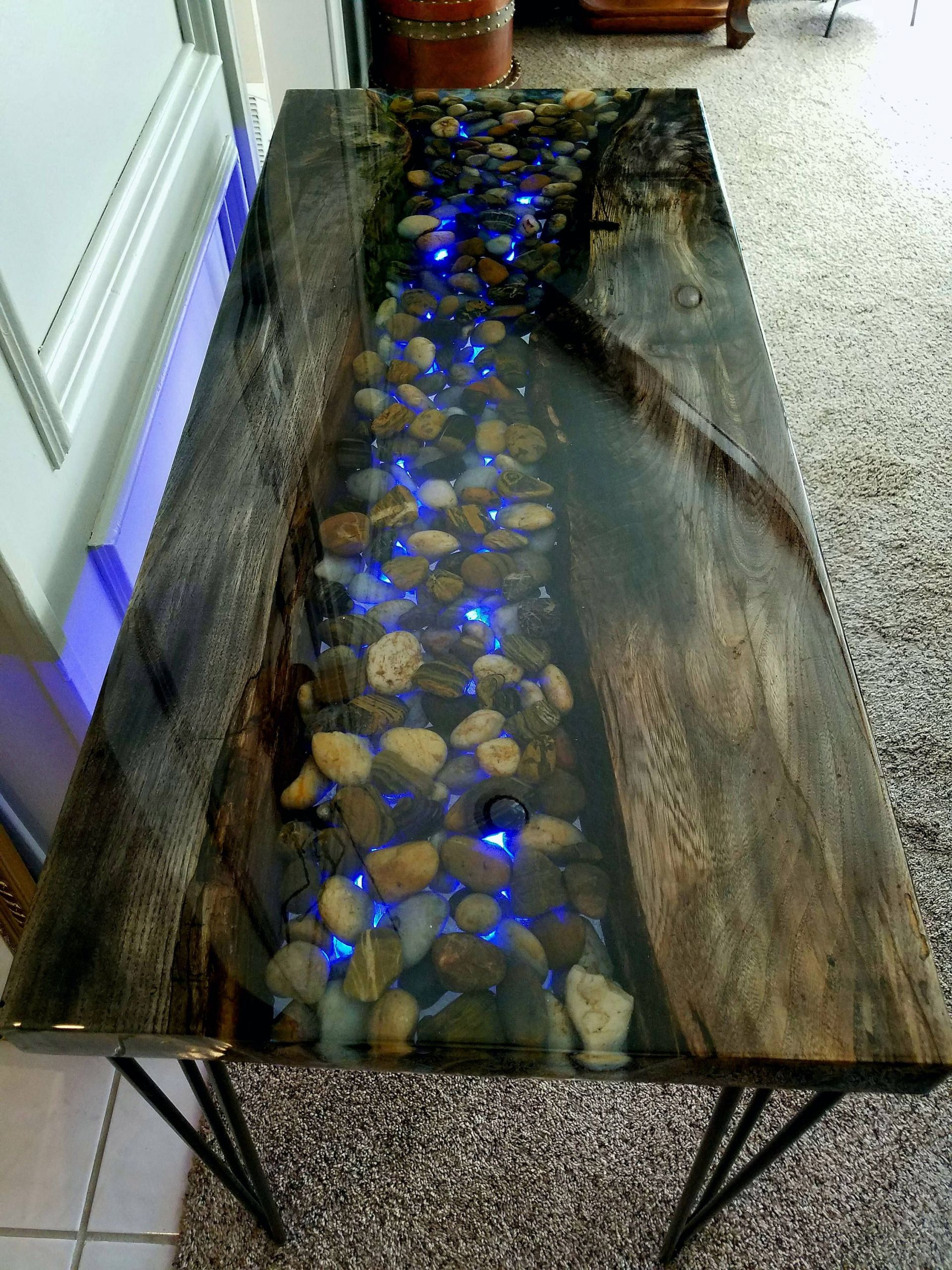 Table Resine Beau River Of Resin Hand Made Epoxy Encased Table Including Of 33 Inspirant Table Resine