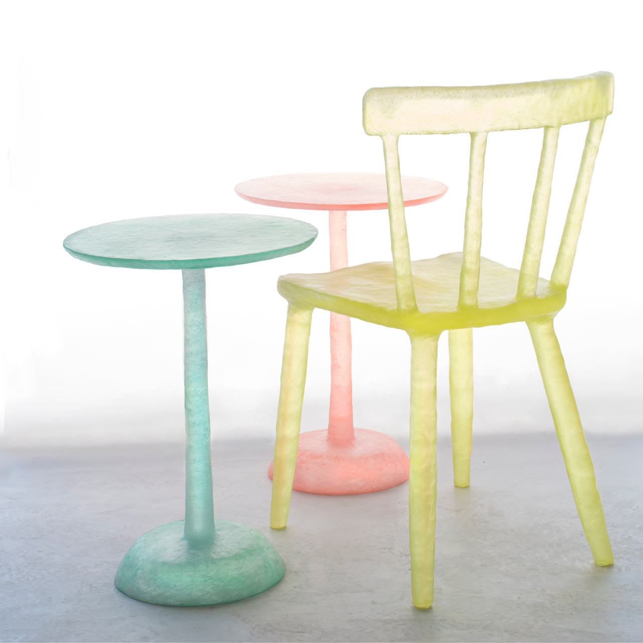 Table Resine Frais Glow Objects Made From Reclaimed Plastic Design Milk Of 33 Inspirant Table Resine