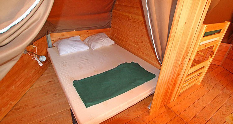 chambre tipi 1500x800 q70 crop upscale