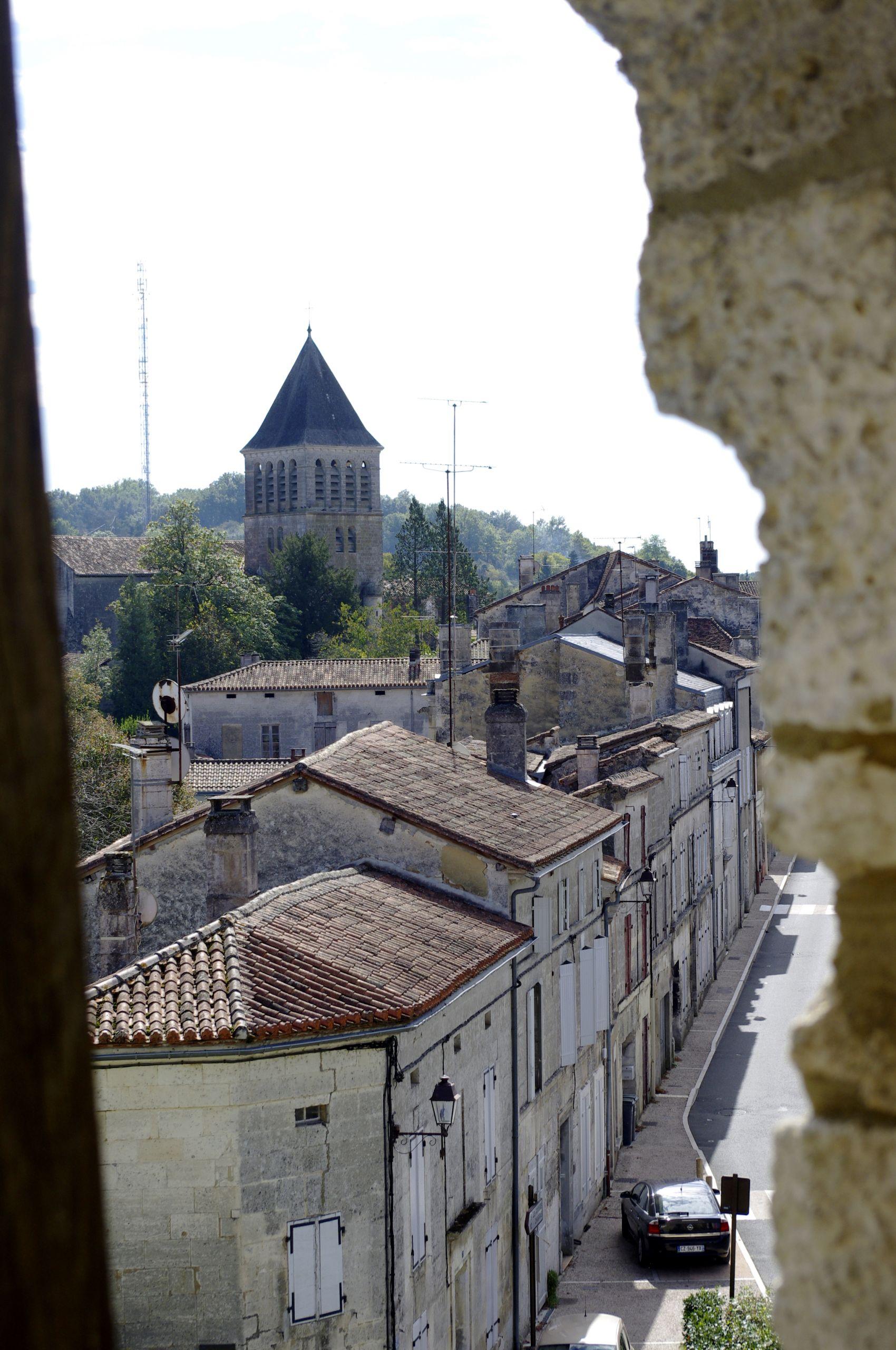 Mareuil chateau 22 JPG