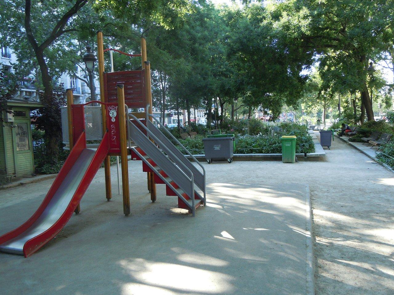 aire de jeux pour jeunes