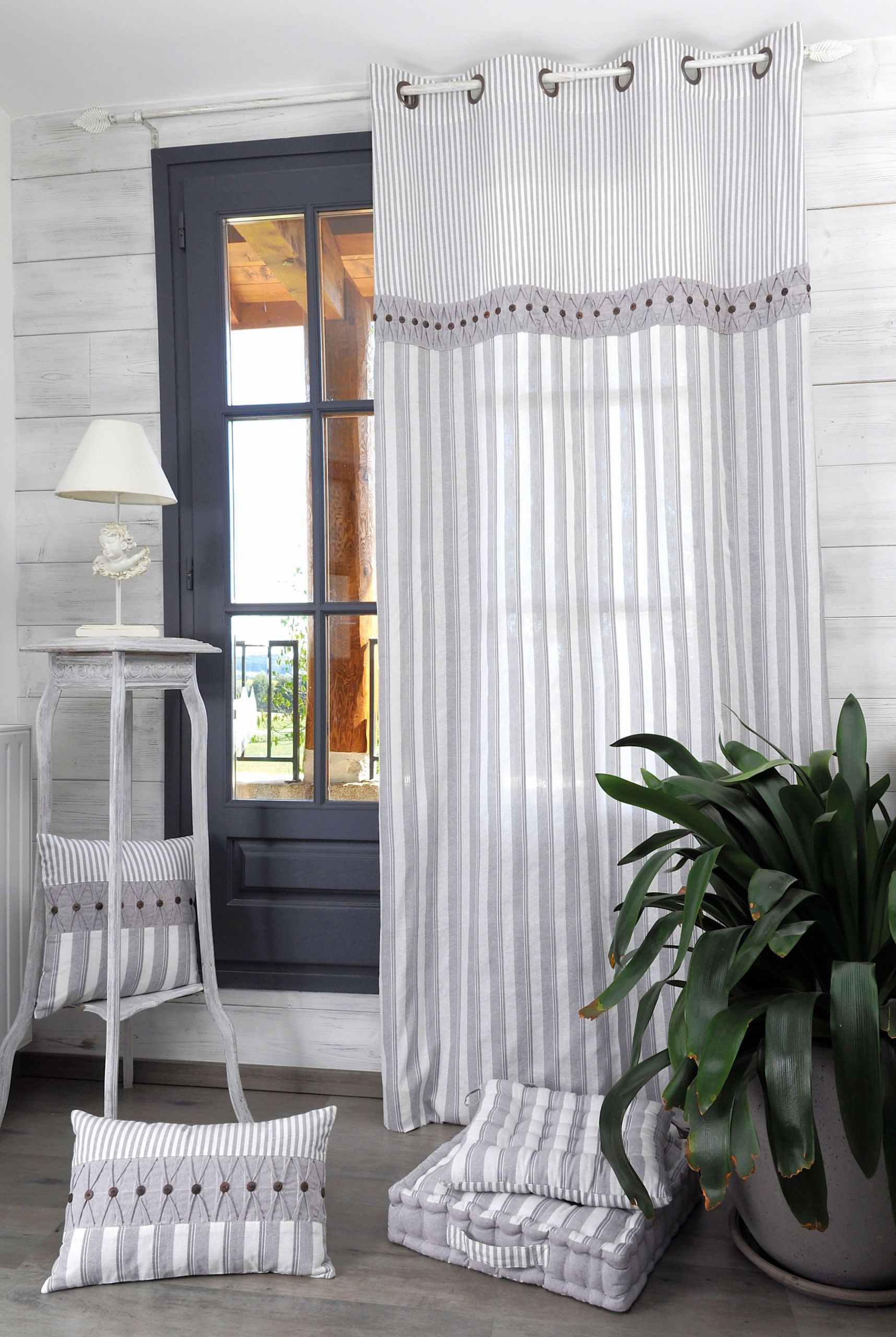 rideau blanc salon beau rideaux romantique elegant rideaux droits best voilage blanc 0d of rideau blanc salon