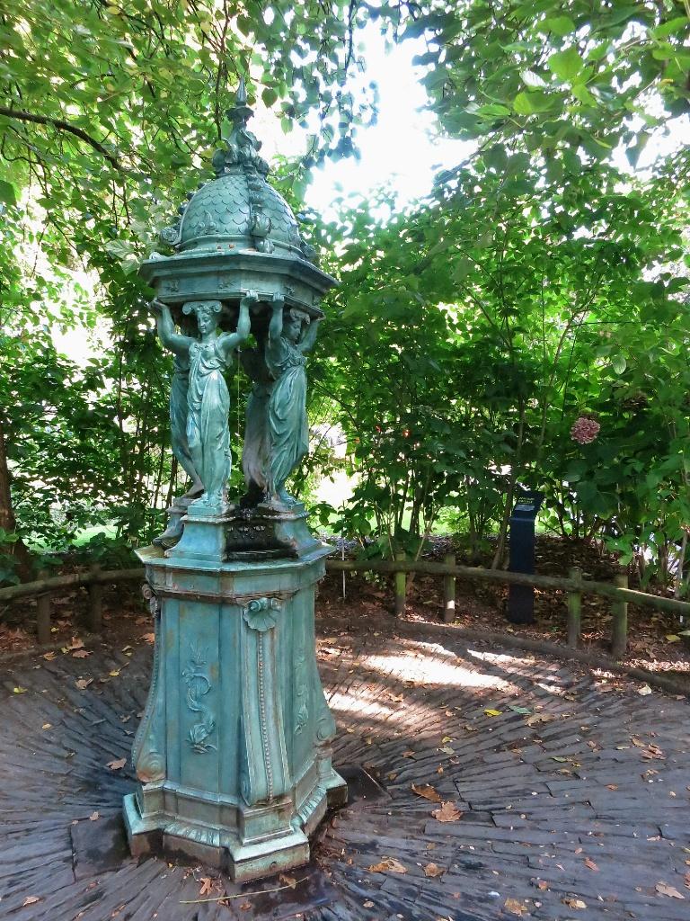 Wallace Fountain Jardin des Plantes Nantes France