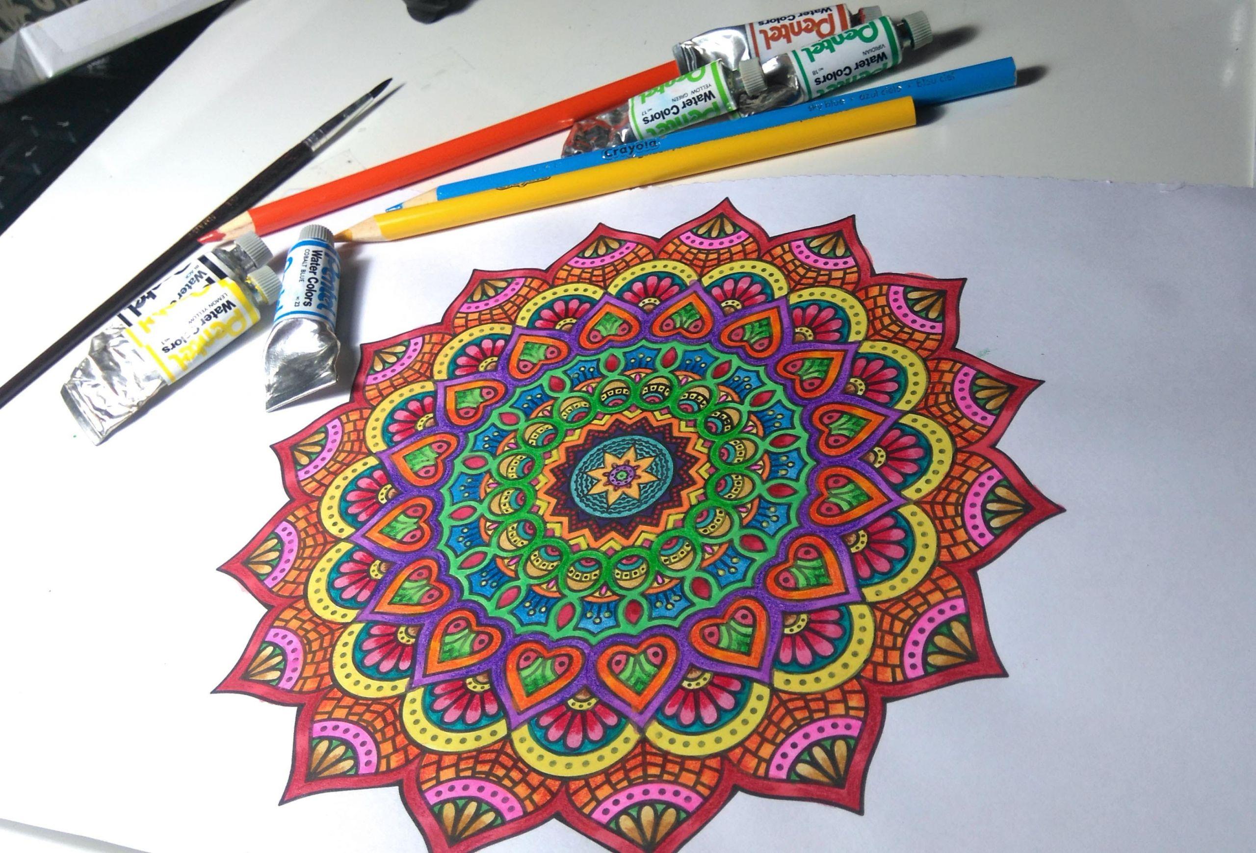 id C3 A9e dessin coloriage mandala motifs floraux activit C3 A9 manuelle adulte facile a realiser id C3 A9e cr C3 A9ative