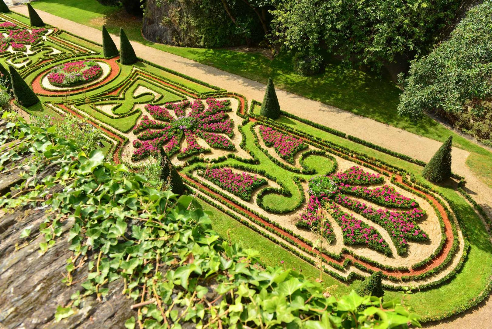angers chateau jardins photo j damase