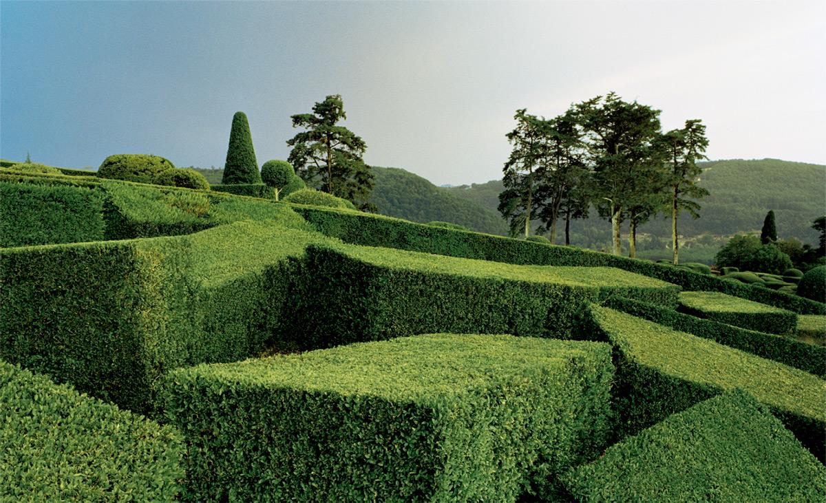 chateau de marqueyssac topiary garden 1