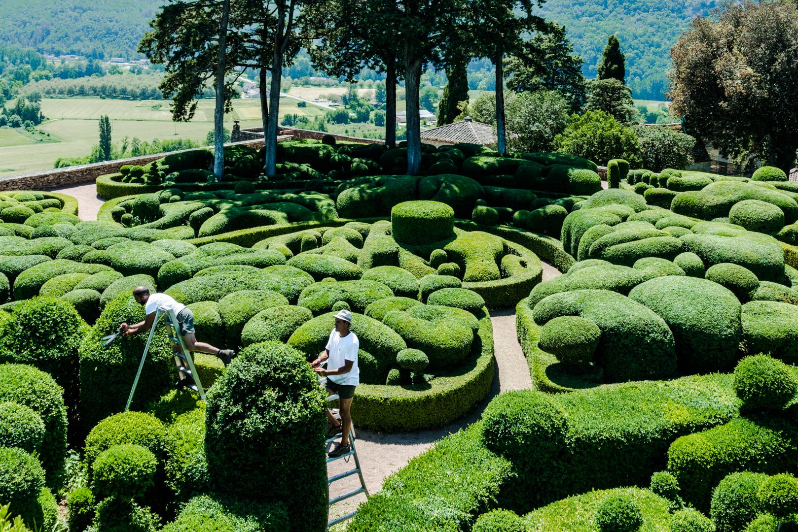 facing my fear of heights at Chateau de Marqueyssac Les Jardins de Marqueyssac aka the belvedere of the dordogne