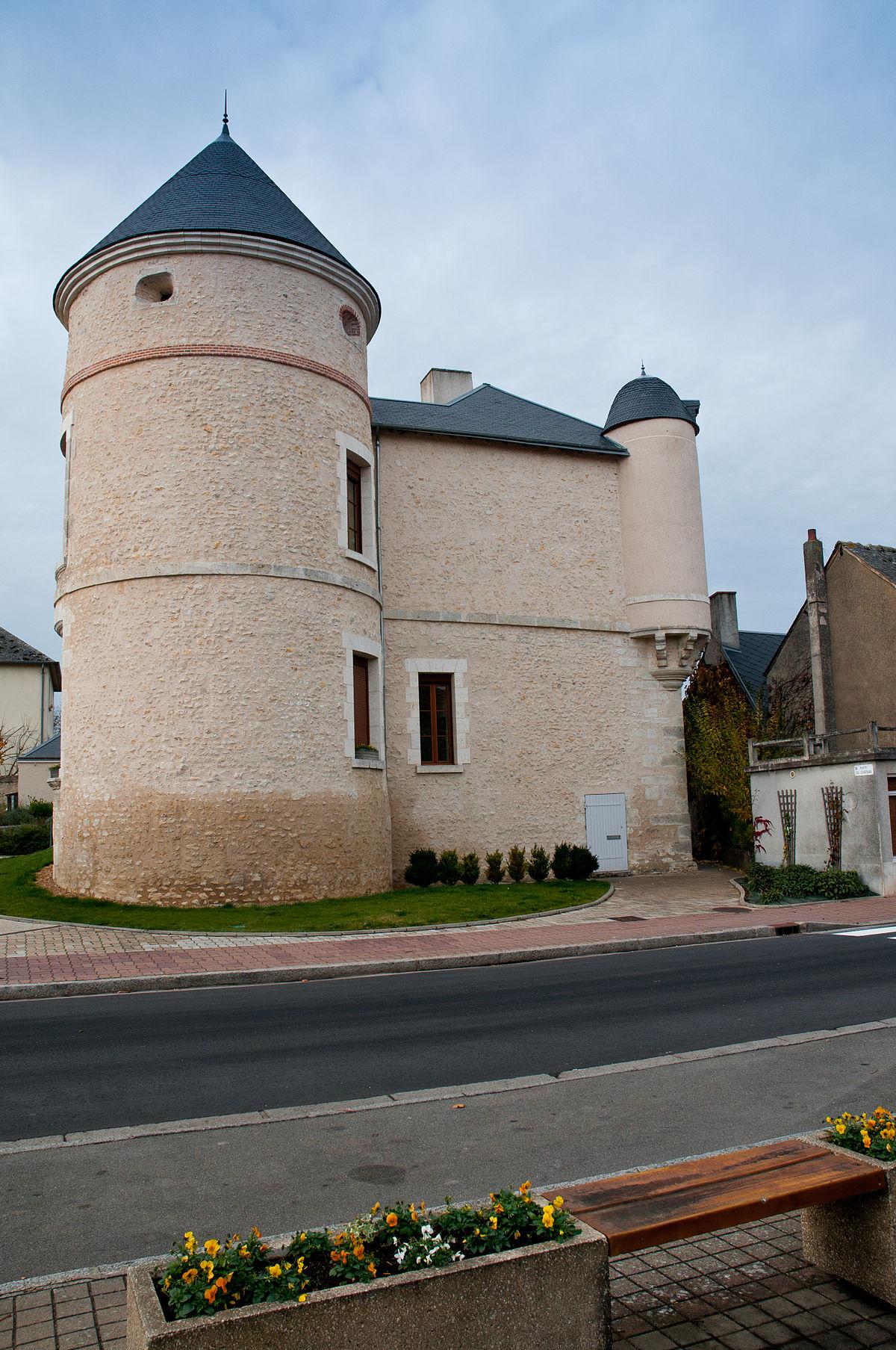 1200px Chateau ouzouer le marché