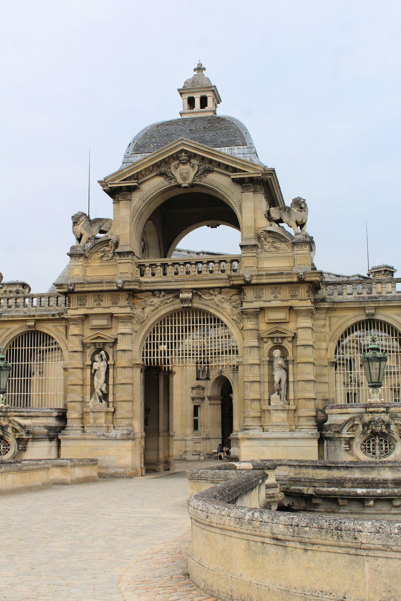 Château de Chantilly the entrance gate JPG