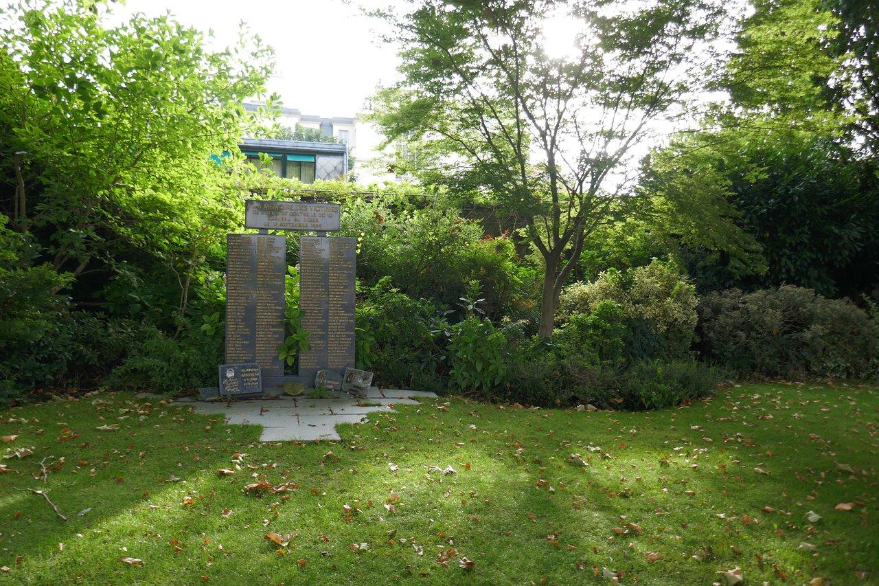 Jardin Du souvenir Pere Lachaise Élégant Pere Lachaise Cemetery Paris Tripadvisor