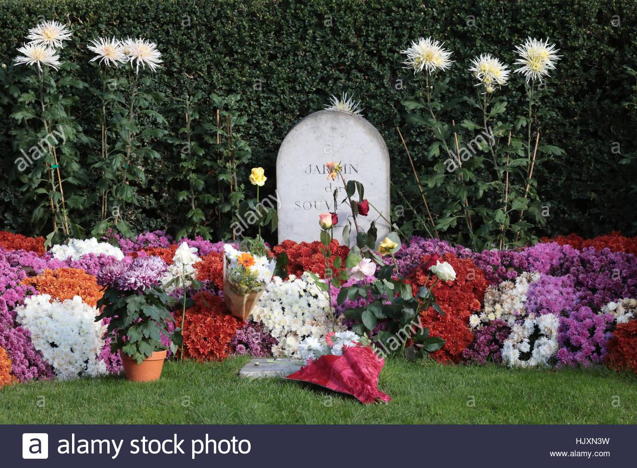 jardin du souvenir cimetiere de pere lachaise jardin del recuerdo cementerio de pere lachaise hjxn3w