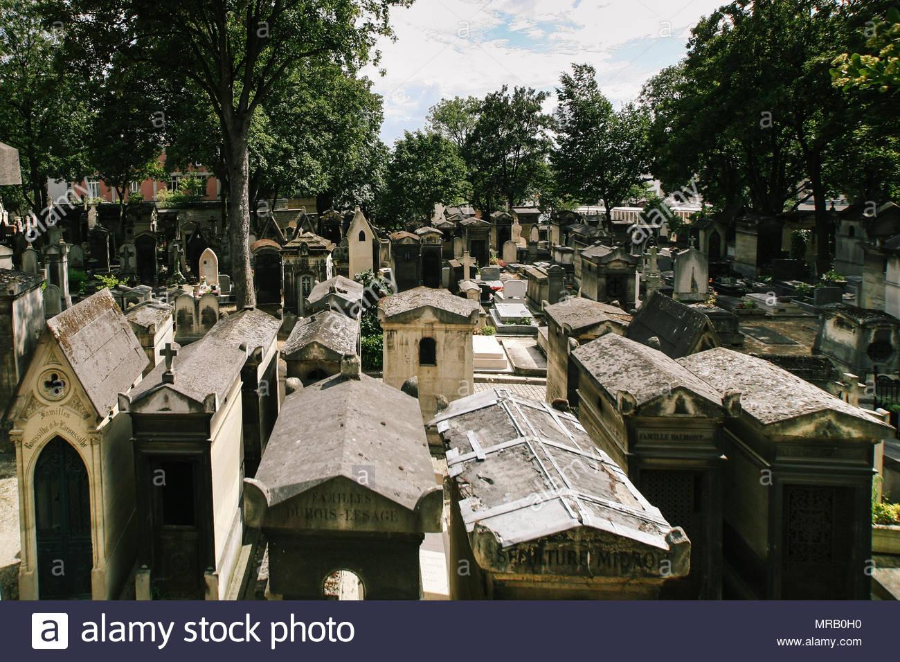 pere lachaise cemetery MRB0H0