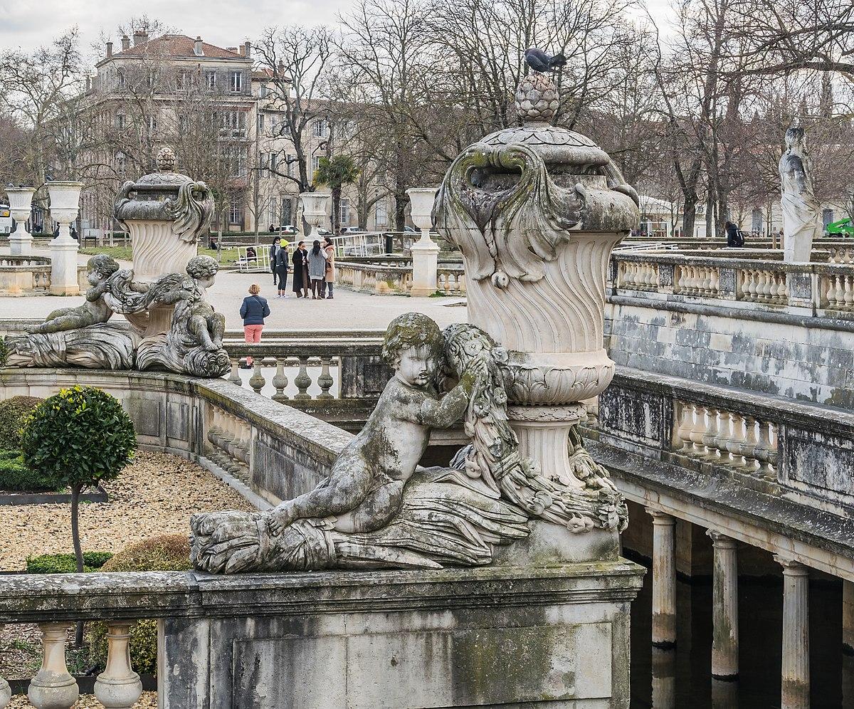 1200px Statue in Jardins de la Fontaine in Nimes 02