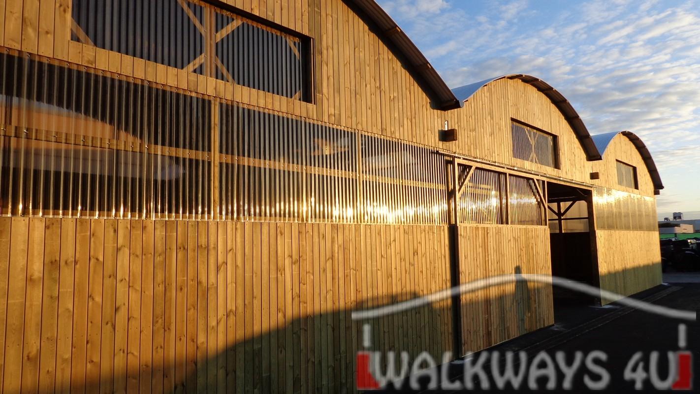 wooden custom mercial buildings covered walkways eriterre 03