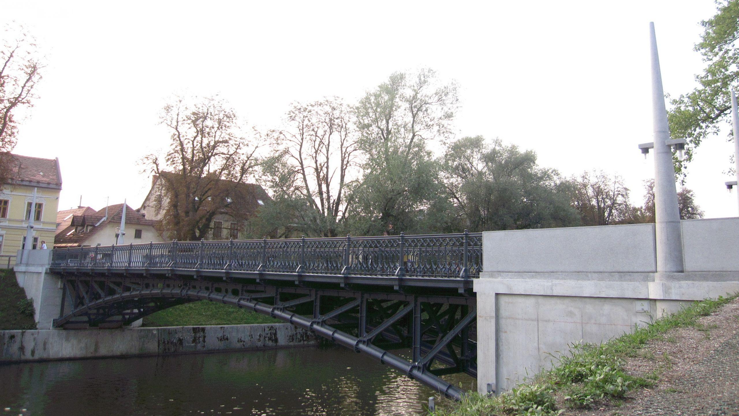 Hradeckega most Ljubljana 1 JPG