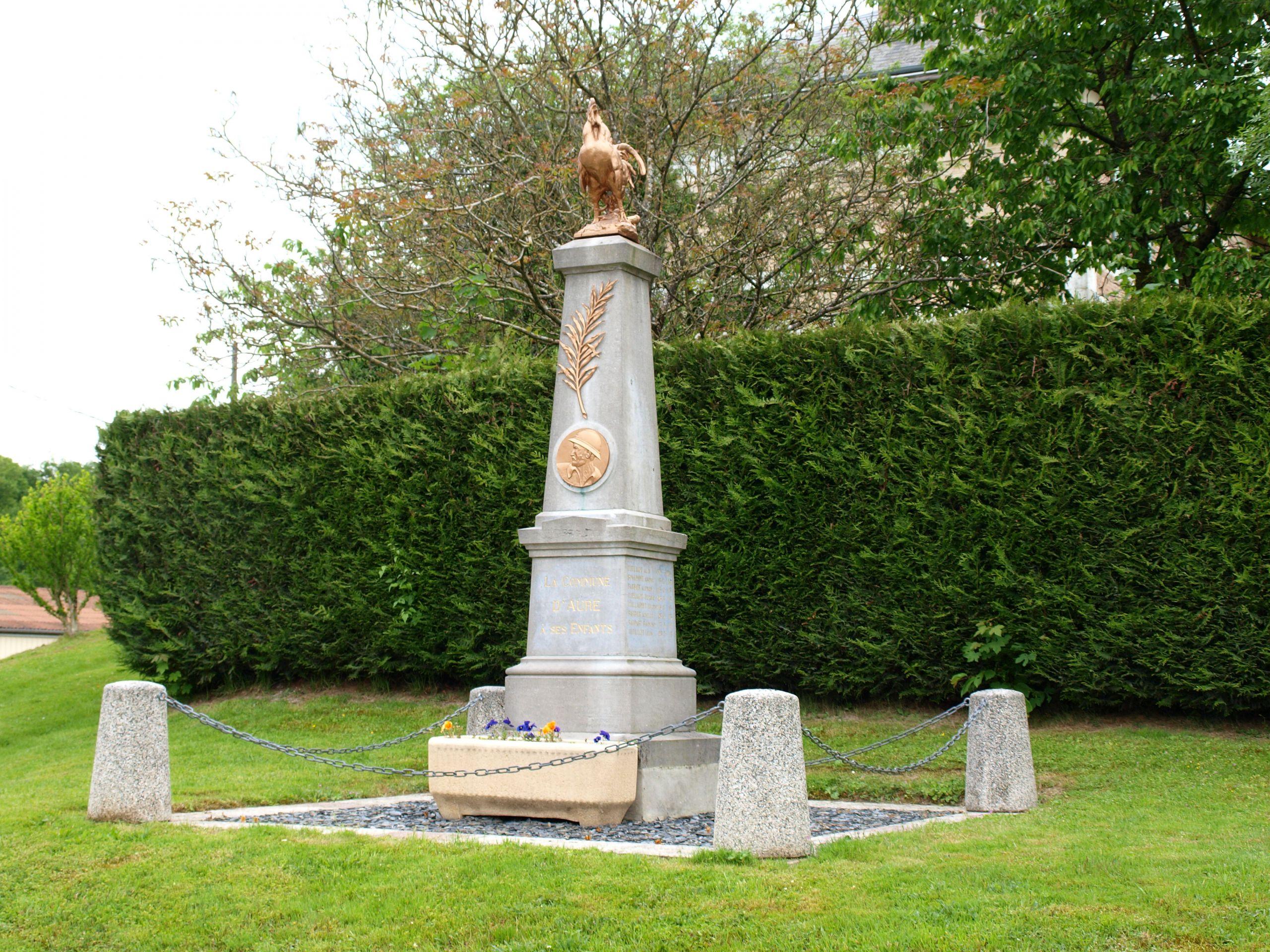 Aure FR 08 monument aux morts 23