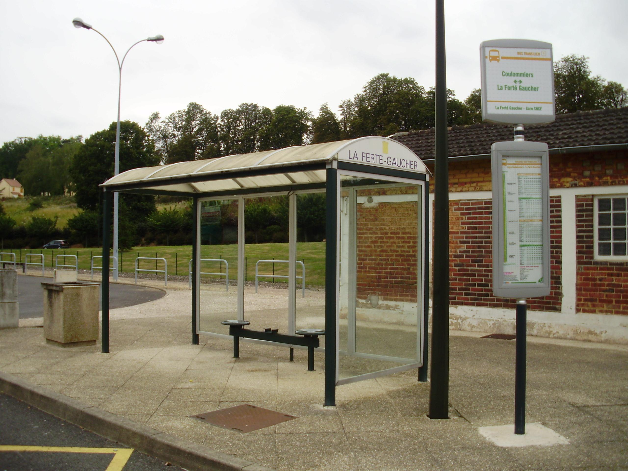 Arrêt de bus de La Ferté Gaucher Gare