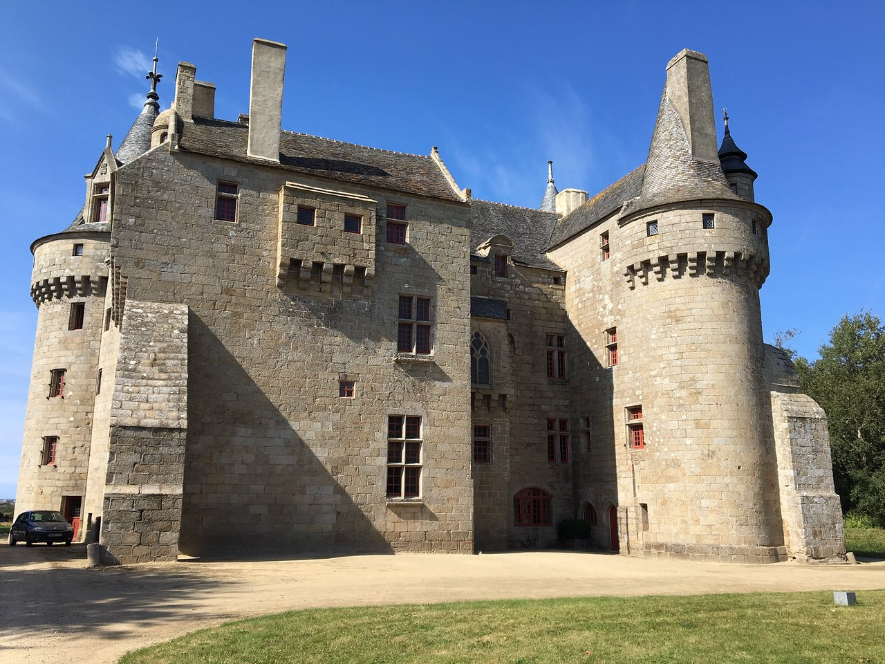chateau de kerouzere