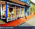Le Jardin De Saint Adrien Nouveau Bookshop Cafe Stock S & Bookshop Cafe Stock Alamy