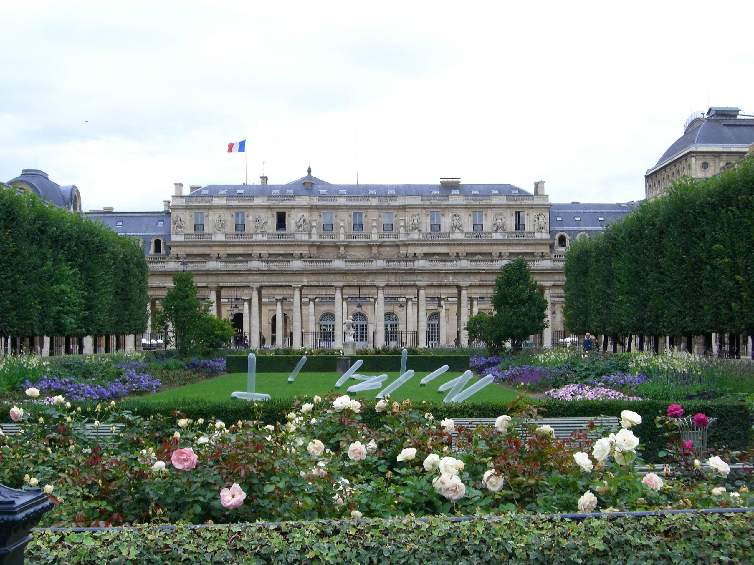 01 Palais Royal