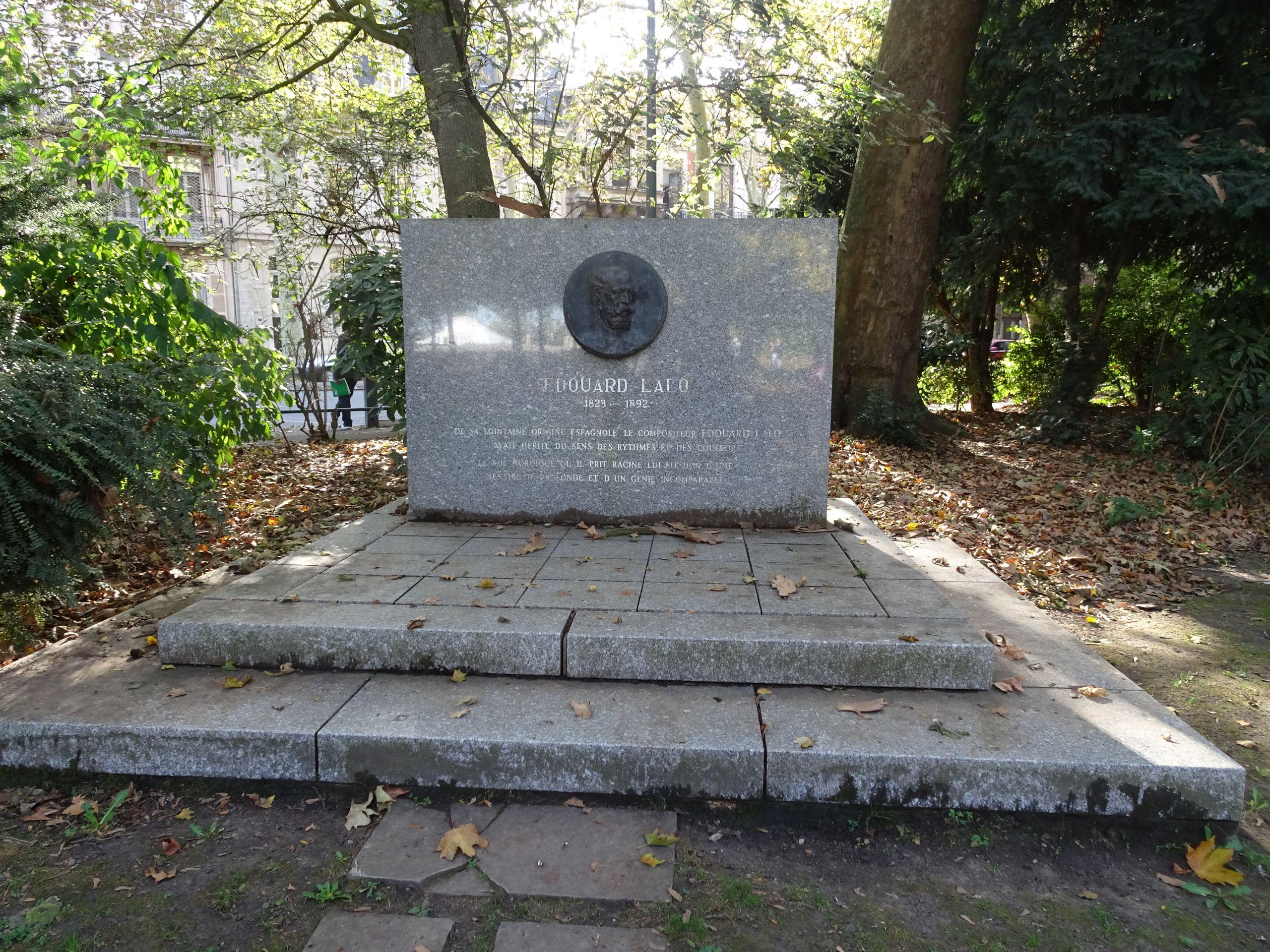 Lille le Jardin Vauban stèle à Edouart Lalo