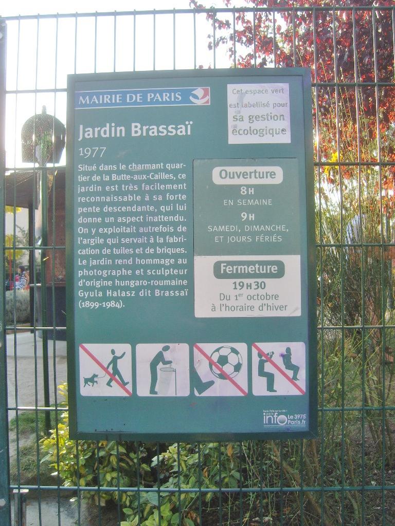 Le Jardin Du Pic Vert Frais File Paris 13e Jardin Brassai Plaque 1 Wikimedia