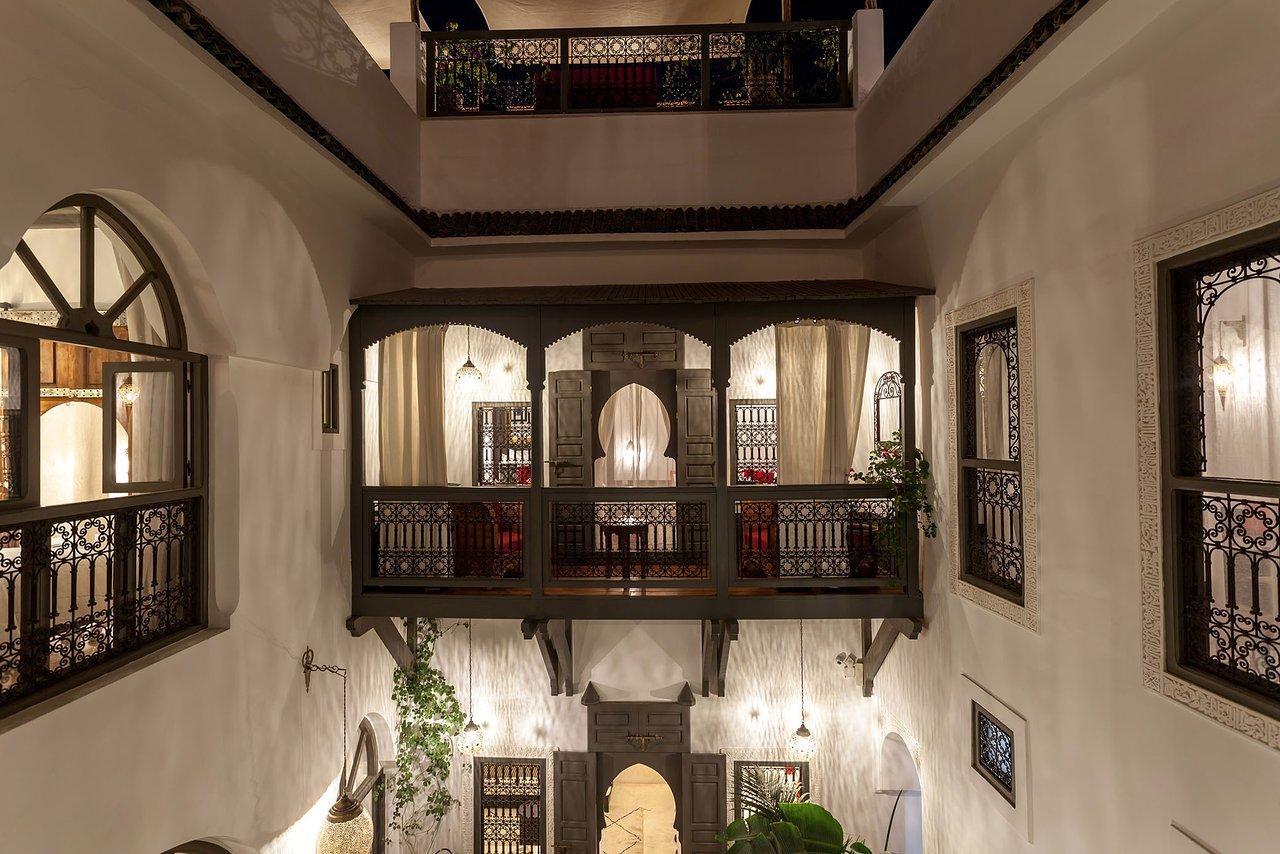warada suite cedar balcony