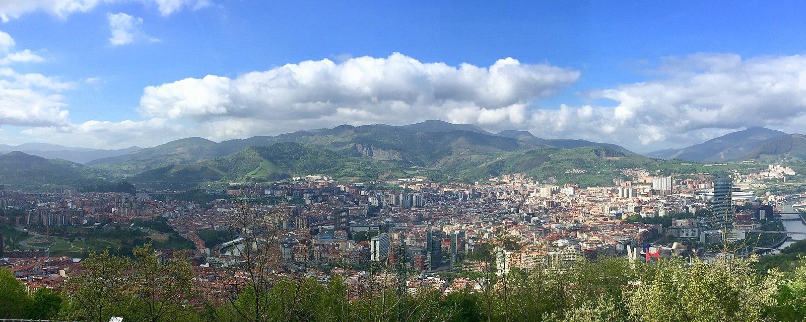 1600px Bilbao cityview from Monte Artxanda España 2019 %
