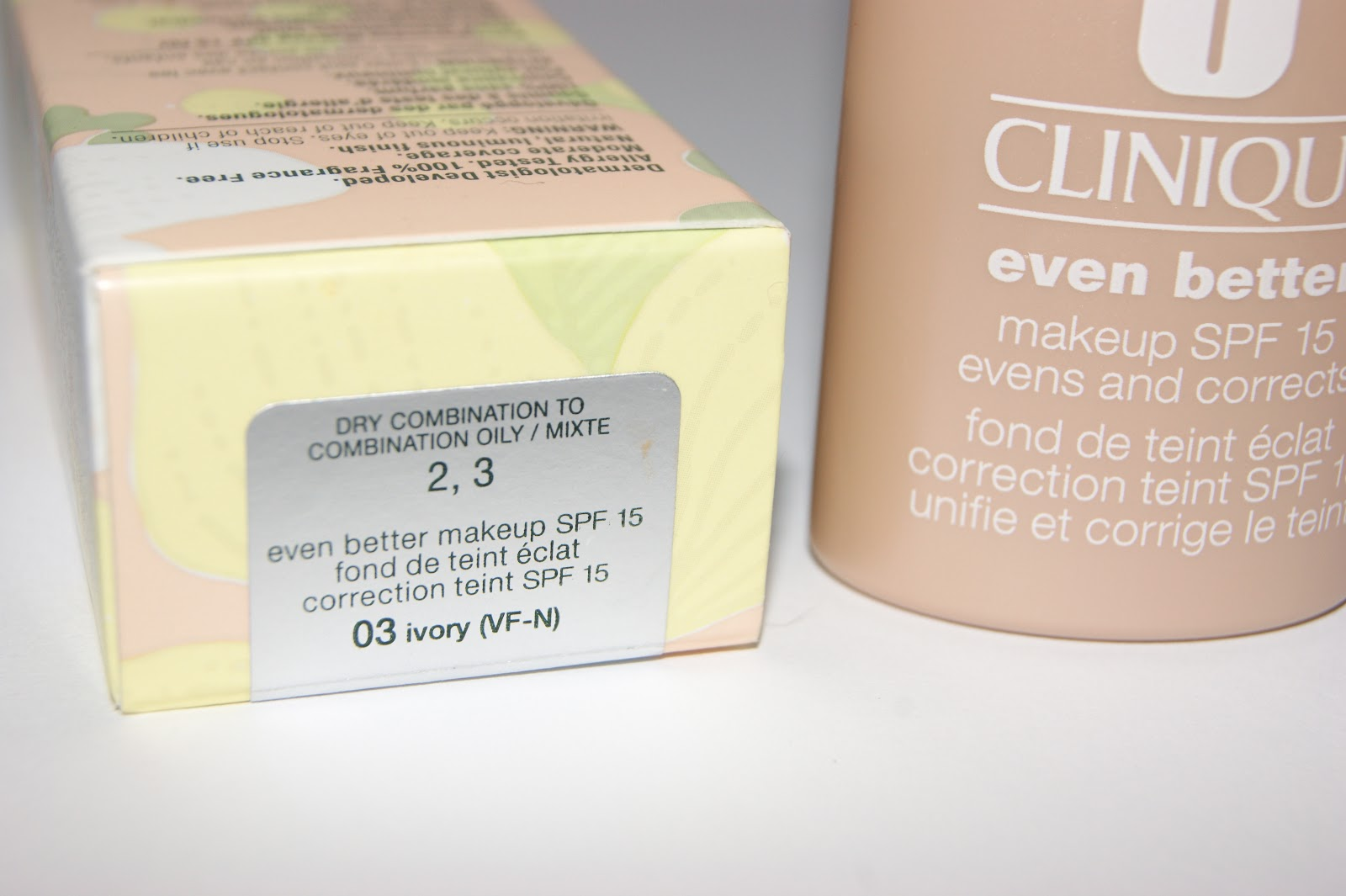 Clinique Even Better Foundation Review Swatches Ivory 03 f JPG
