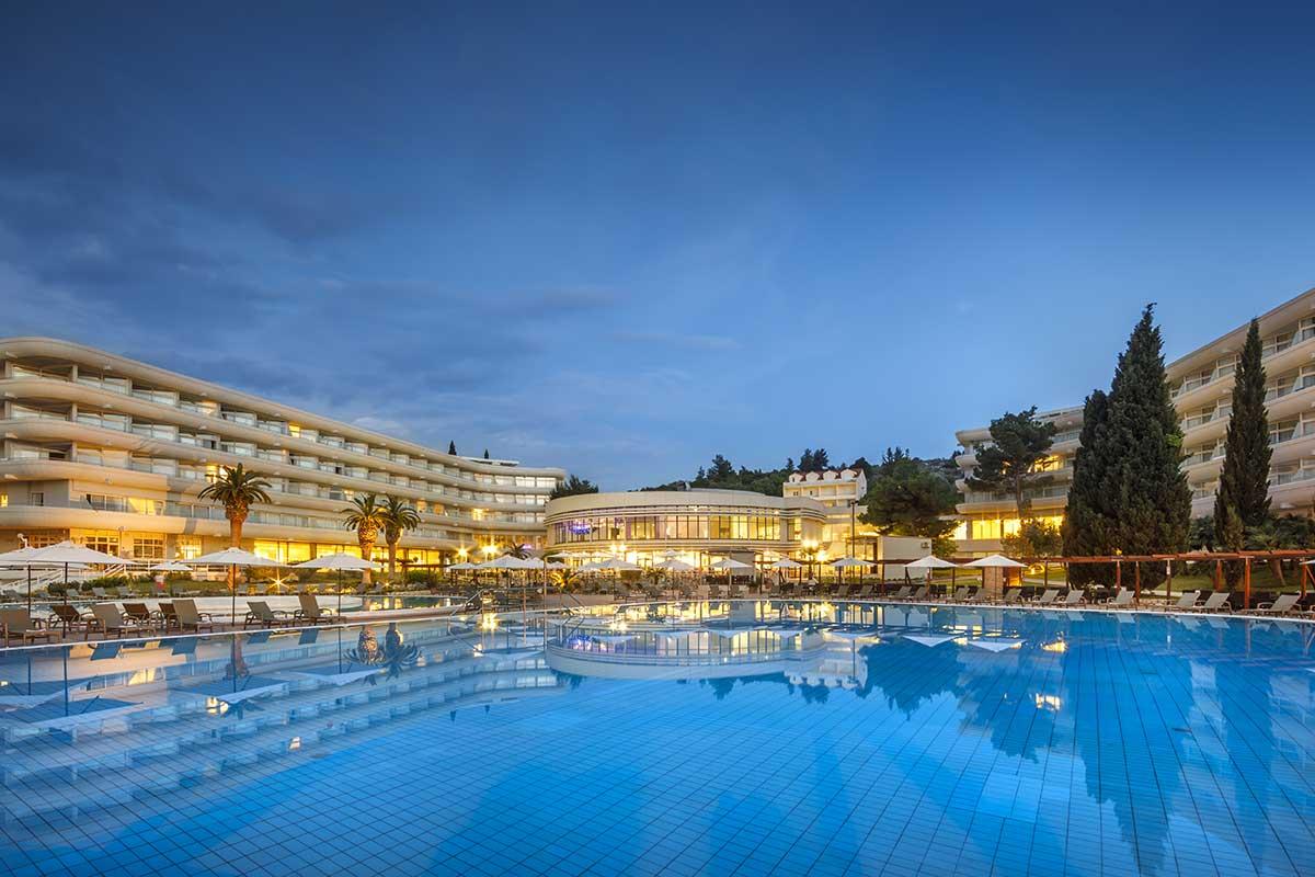 HRVDALB piscine hotel albatros sejours croatie tui