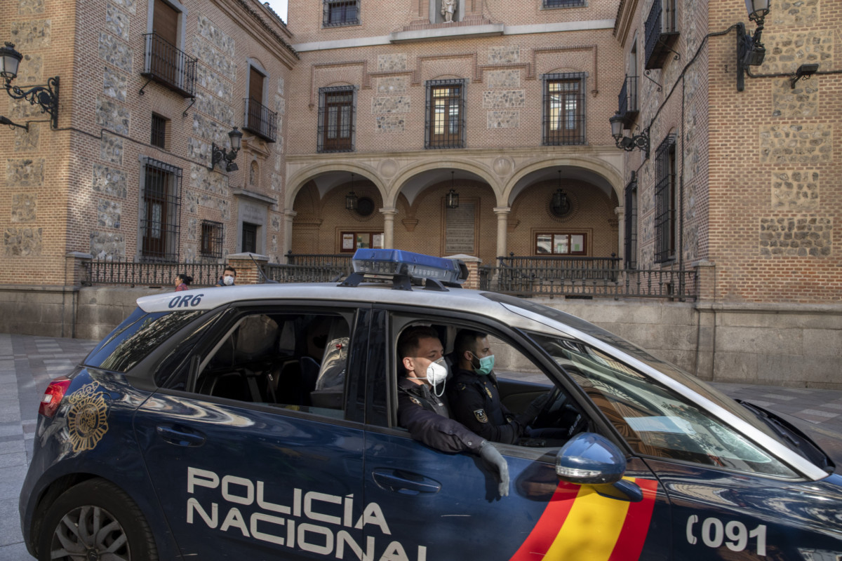 spain impose nationwide lockdown bat coronavirus