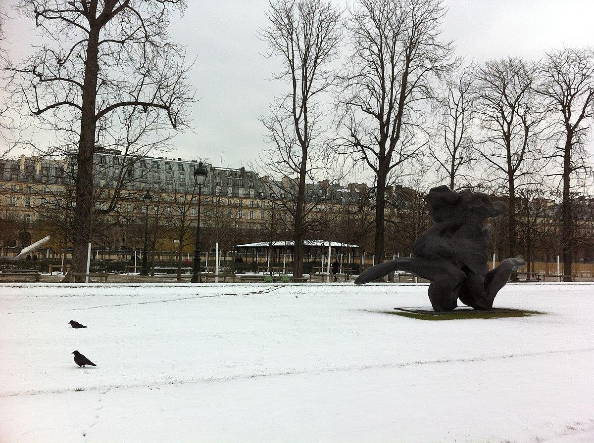 1200px Jardin des Tuileries in winter Paris France panoramio 81