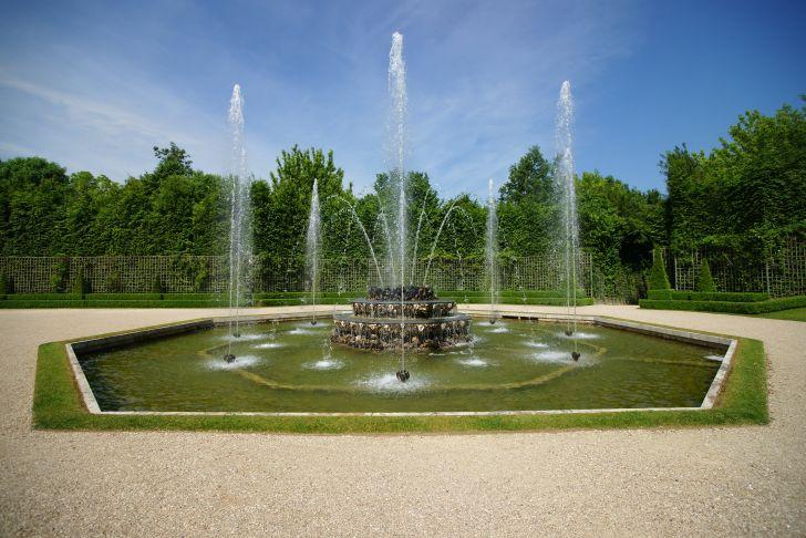Versaille Jardin Nouveau File Le Chateau De Versailles Le Jardin 85 Jpg Wikimedia