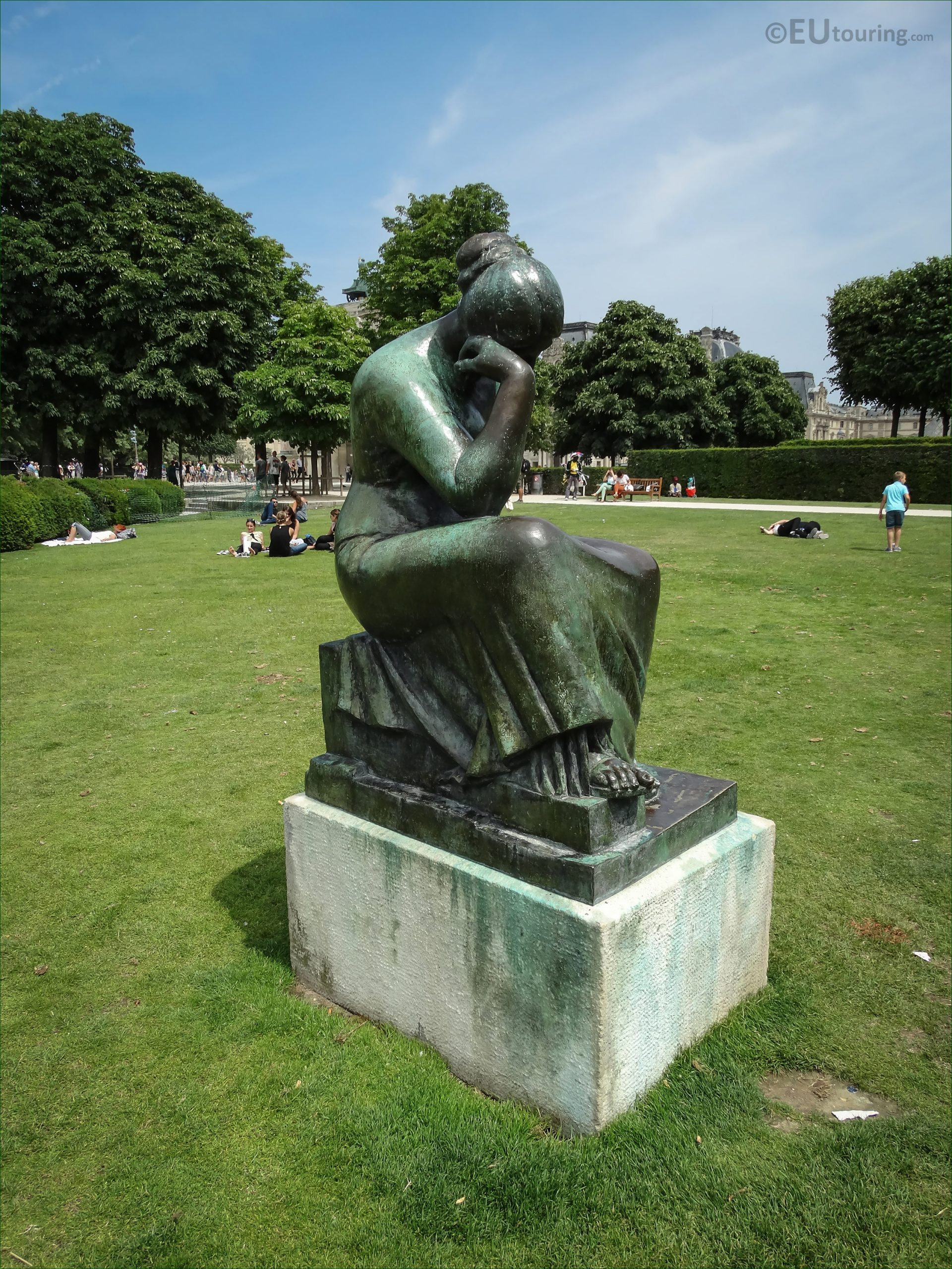 images paris statues 413