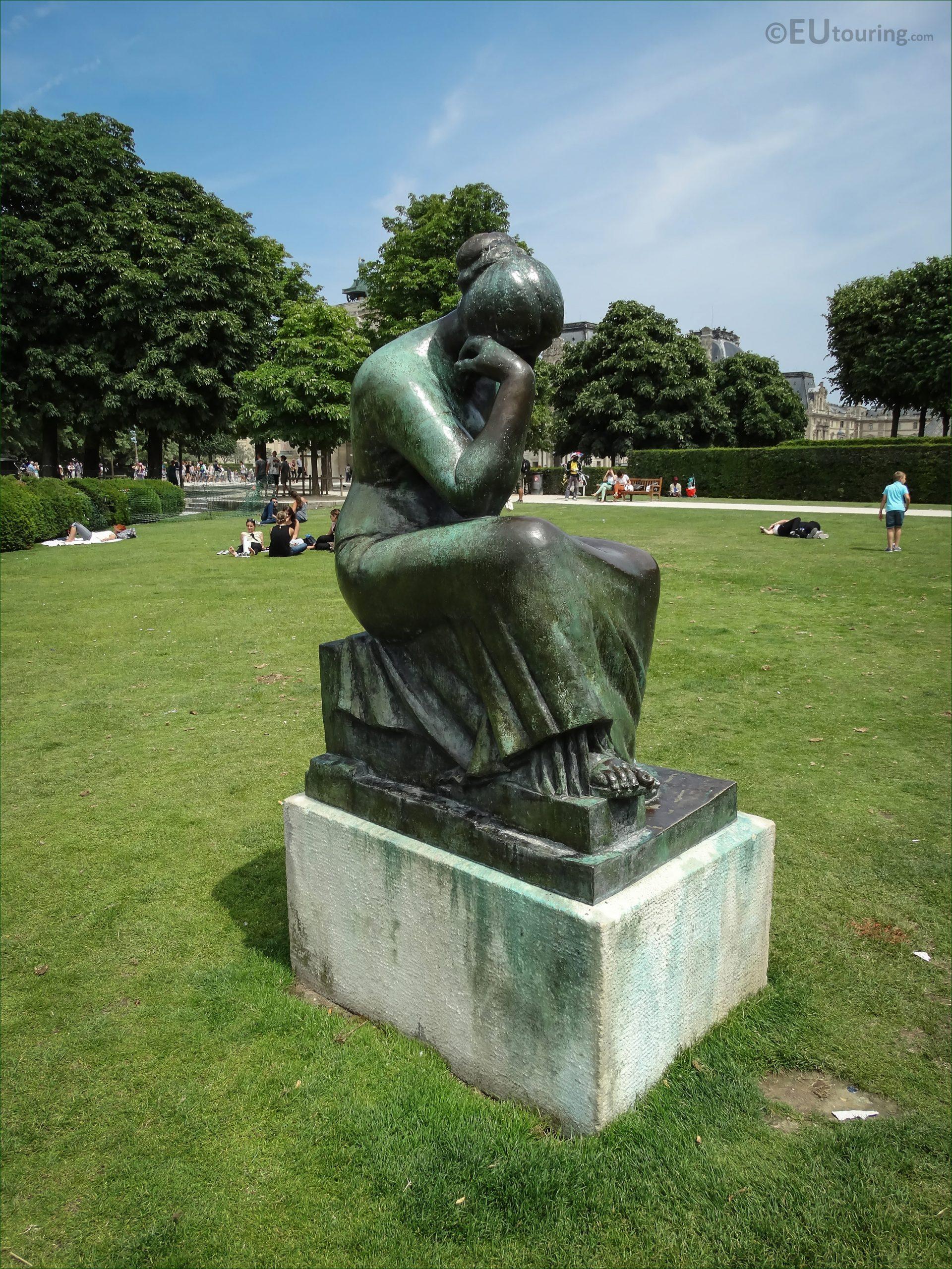 Jardin Du Louvre Génial S Of Douleur Statue by A Mail In Jardin Du Carrousel