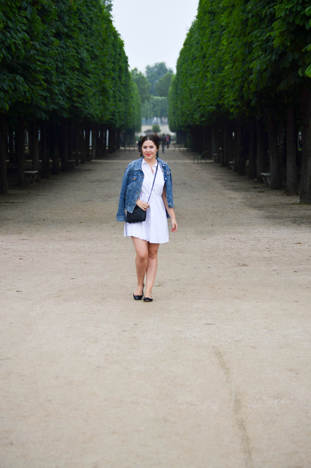 jardin du louvre Paris blogger attire via